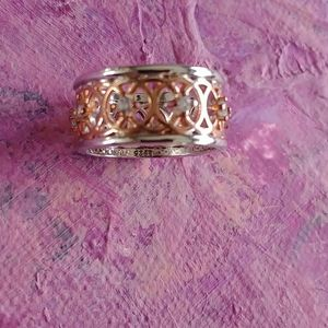 Rose gold plated silver filigree ring w. crystals